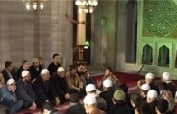 İman Yolunda İlk Oku Atması, Uhud'daki Mücadelesi (a)