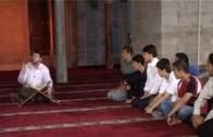 Kimliği, Gençliği, İman İle Tanışması (a)